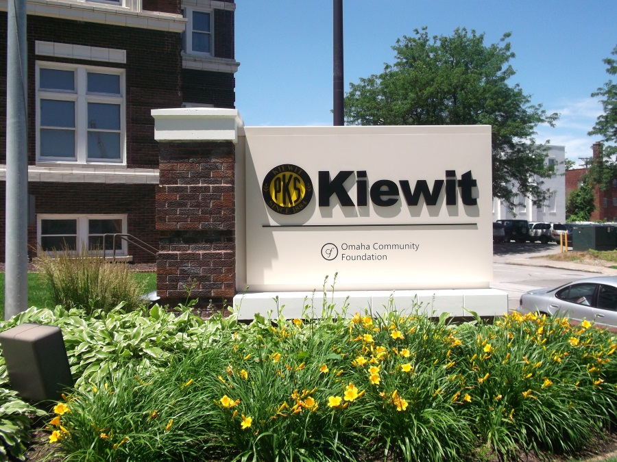 Non-illuminated, double-face Kiewit monument sign