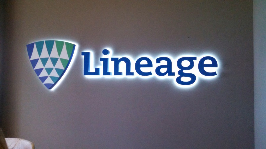 Illuminated channel letters and logo for Lineage
