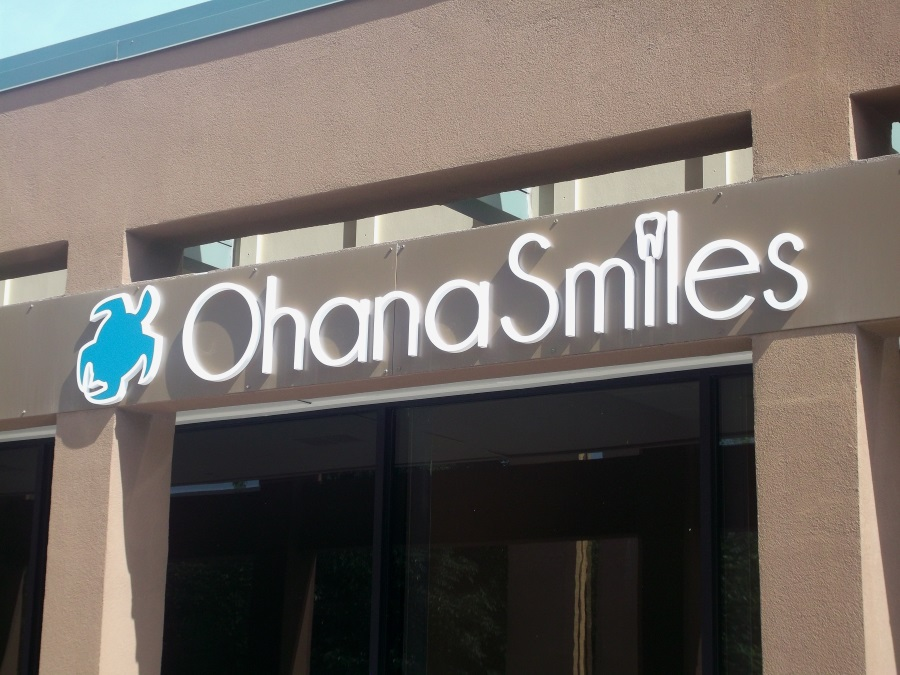 Non-illuminated flat cut out letters and logo for Ohana Smiles